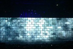 thewall_011