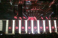 thewall_019