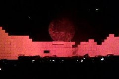 thewall_027
